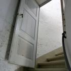 Tür zum Aufgang