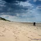 Strand und Wolken in Tornby